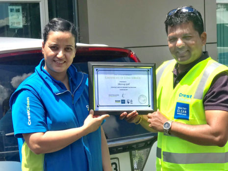 Rachel Gill receives her Certificate of Long Service from Viky Narayan, CrestClean's Auckland South Regional Manager.