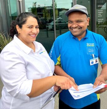 Esther Venkataiya with CrestClean franchisee Nalin Dissanayake.