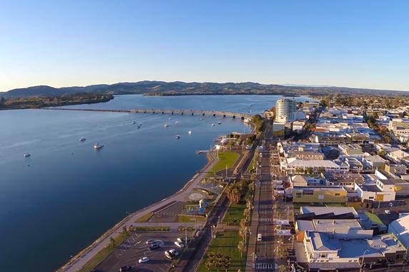 Tauranga waterfront and shops